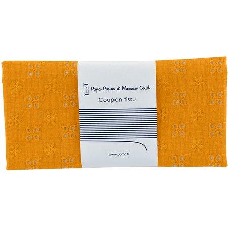 Coupon tissu 50 cm gaze dentelle ocre