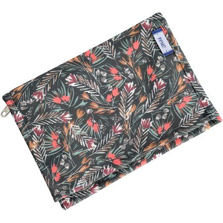 Compact wallet grasses