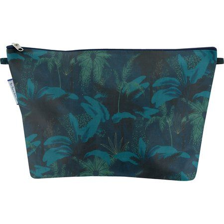 Cosmetic bag with flap wild winter