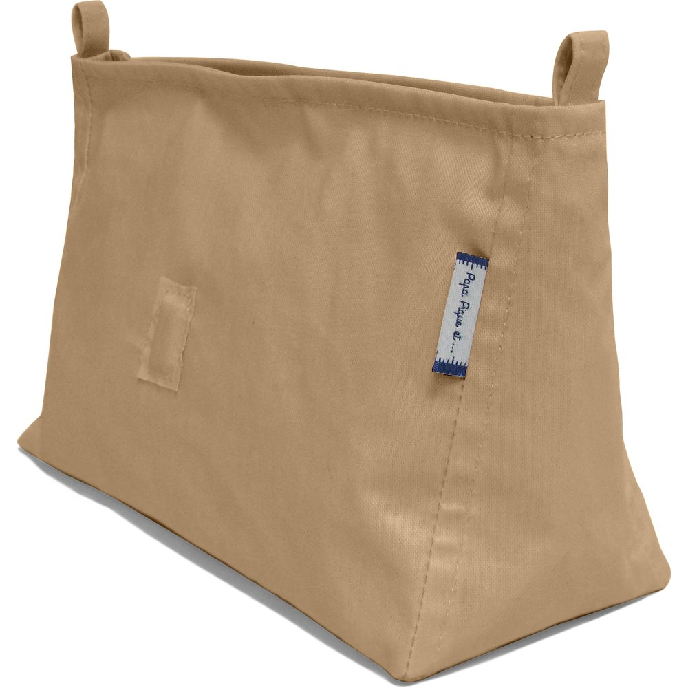 Base of shoulder bag camel