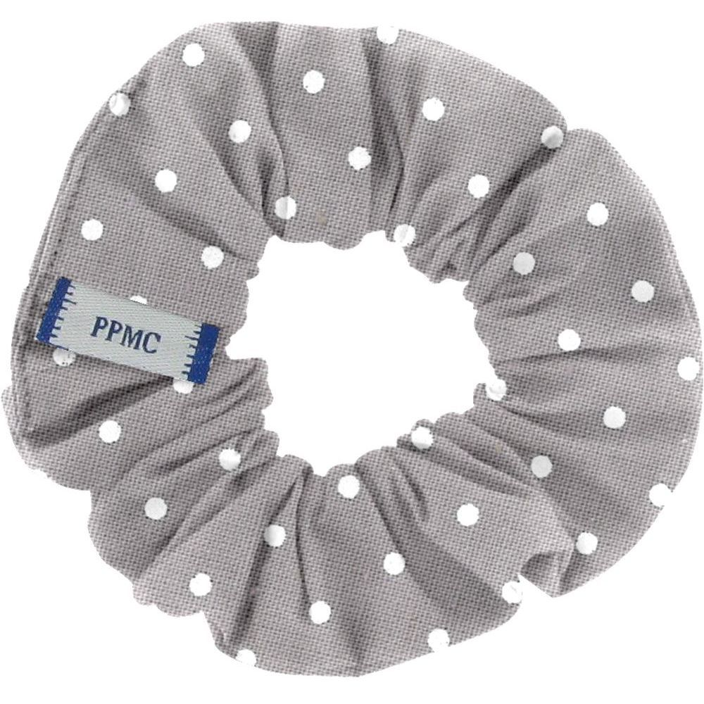 Small scrunchie light grey spots