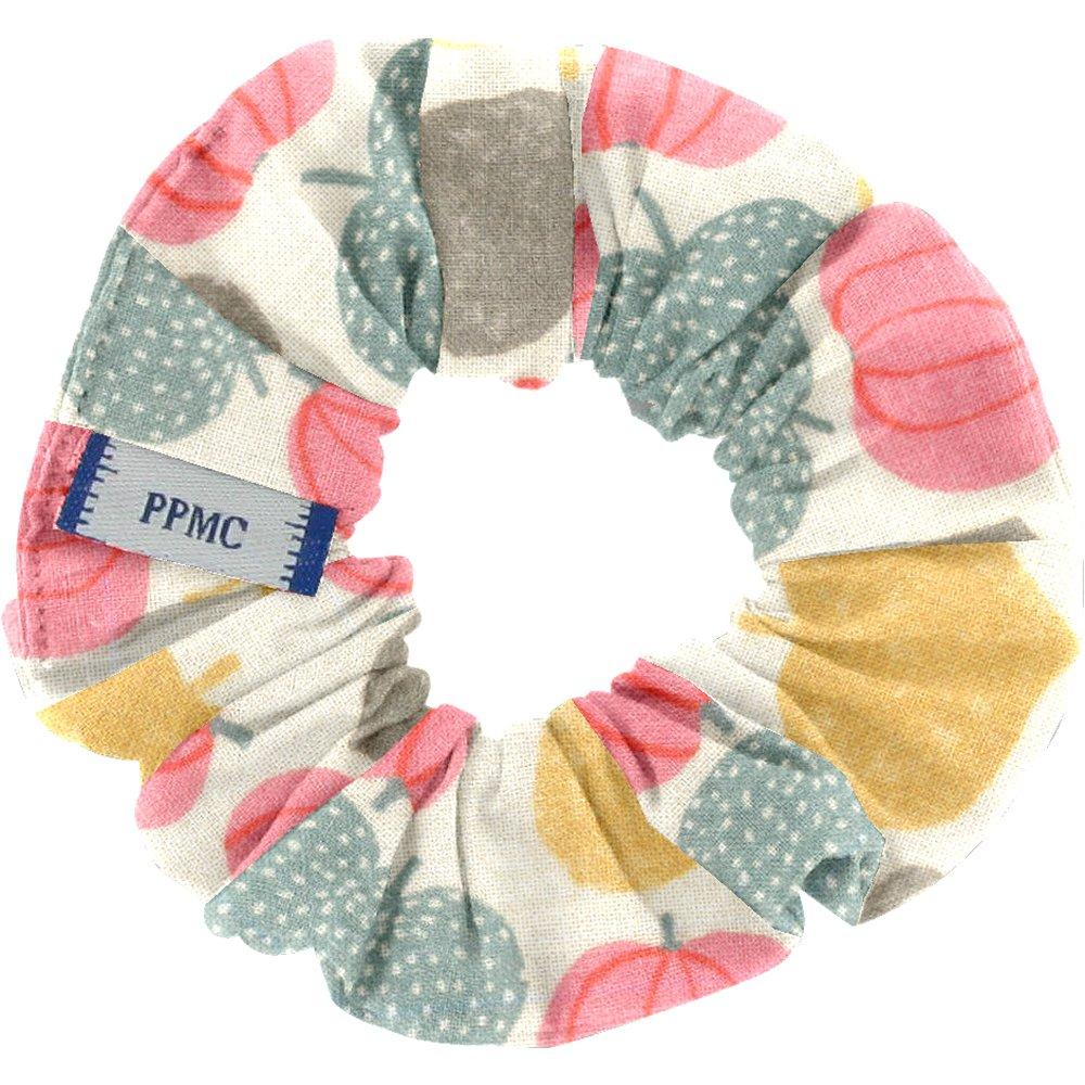 Small scrunchie summer sweetness