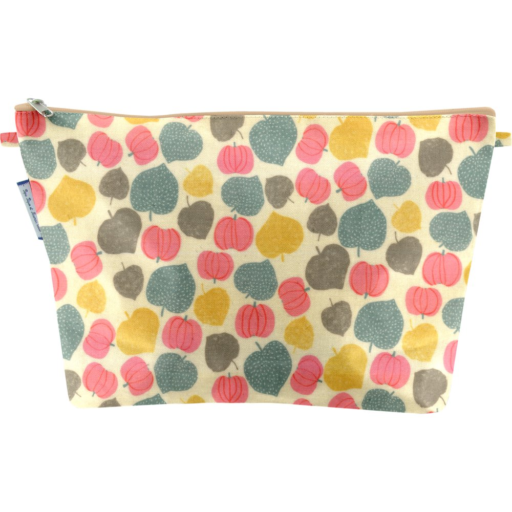 Cosmetic bag with flap summer sweetness