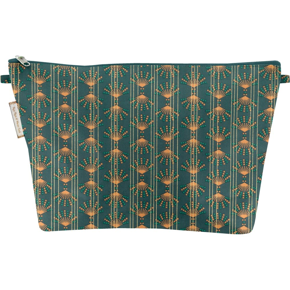 Cosmetic bag with flap eventail or vert