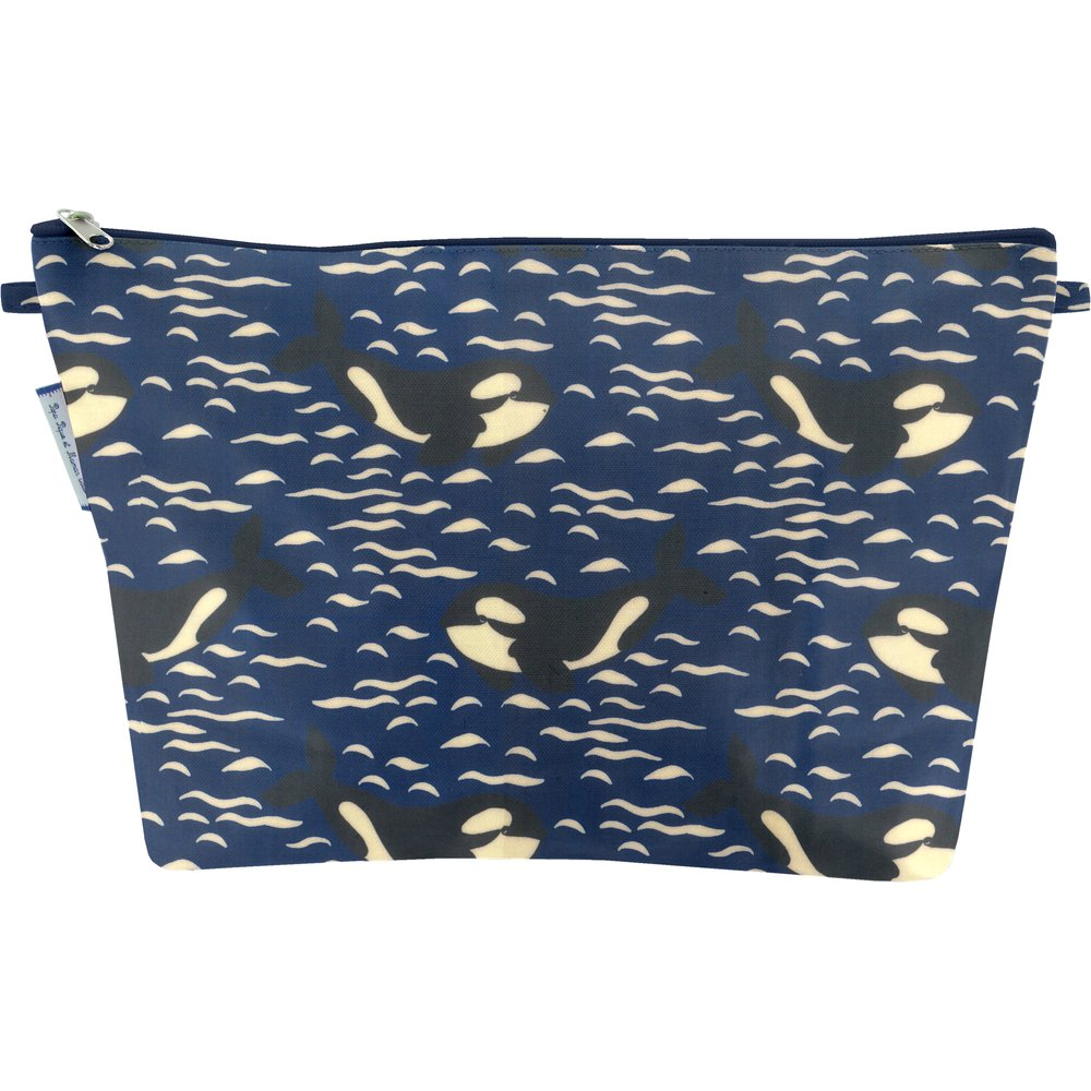 Cosmetic bag with flap orque bleue